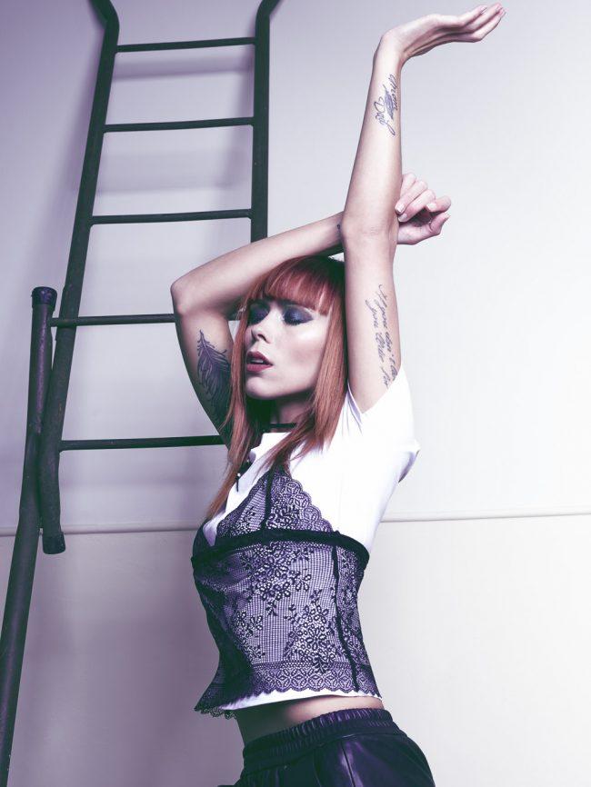 Studiofotos modefotografie met SvR Styling, model Laura Theys en visagist Angelique Bond door fotograaf Mark Koolen in Amsterdam