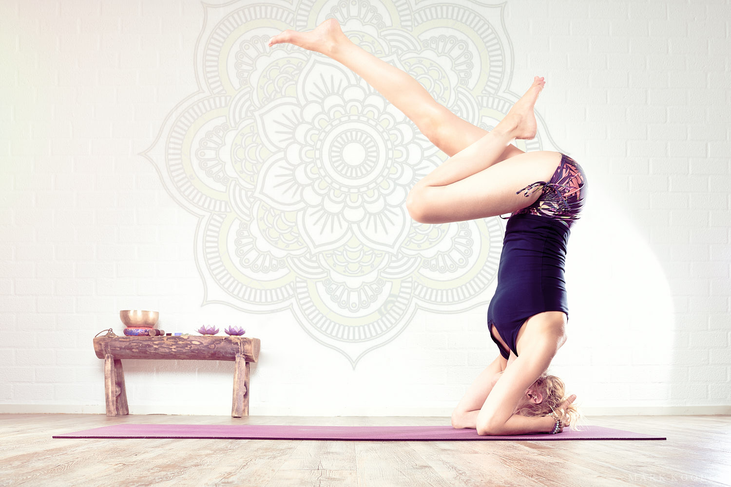 Professional photoshoot at yoga studio with female yogi Mandy Beun by Mark Koolen luxury corporate sport photography