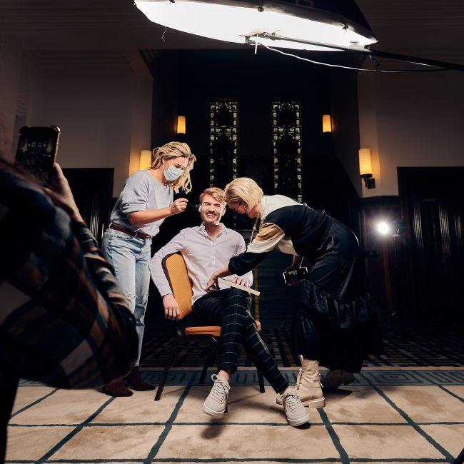 Richard Brand de huisbaas boek fotoshoot door Mark Koolen Luxury Photography